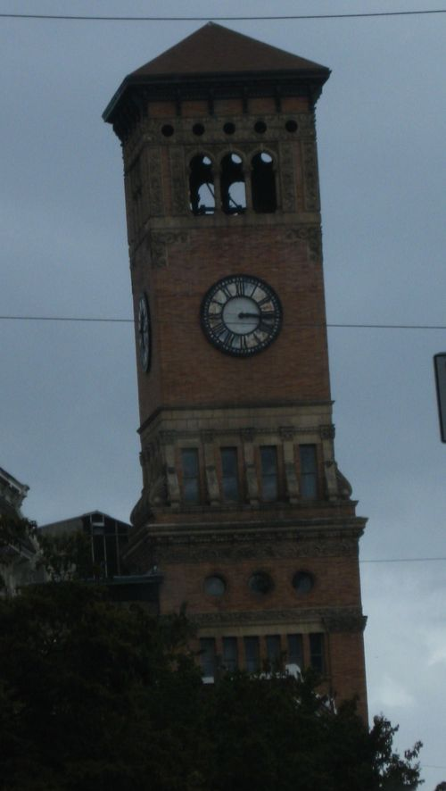Tacoma train station clock